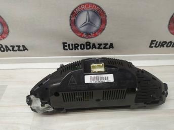 Панель приборов Mercedes W211 2115406448