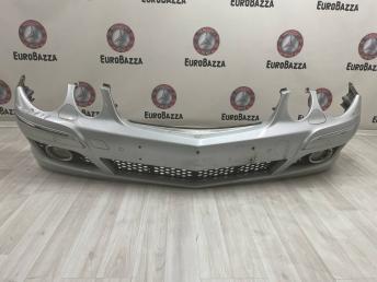 Бампер передний Mercedes W211 2118801318