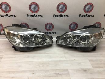 Фара Mercedes W204 2048208561