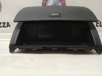 Информационный дисплей Mercedes W204 2046800931