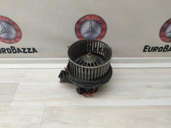 Радиальный вентилятор отопителя Mercedes W204 2048200108