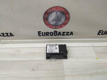 Блок управления бензонасоса Mercedes W204 2215401601