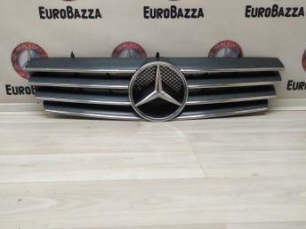 Решетка радиатора Mercedes W215 2158800183