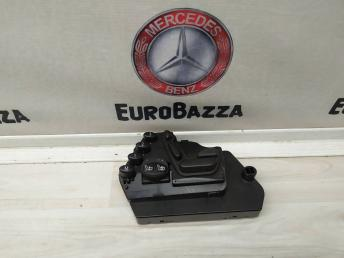 Блок управления сидением левый Mercedes W215 2158208110