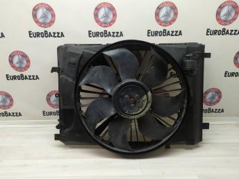 Вентилятор радиатора основного Mercedes W212 2045000393