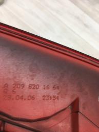 Фонарь задний Mercedes W209 2098201564