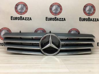 Решетка радиатора Mercedes W215 2158880123