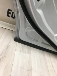 Дверь задняя левая Mercedes W212 2127200105