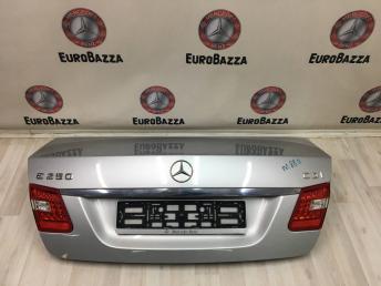 Крышка багажника Mercedes W212 2127500975