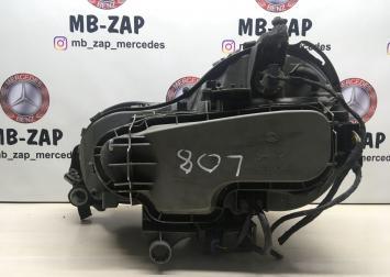 Фара правая Mercedes W210  A2108202261