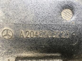 Защита двигателя Mercedes W212 2045203223