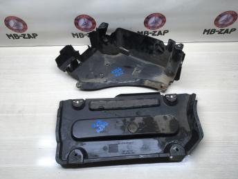 Защитный пластик Mercedes W212 2126900807