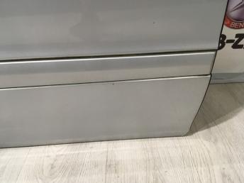 Дверь передняя правая Mercedes W203 2037200205