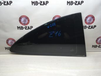 Боковое стекло Mercedes W208 2086700512