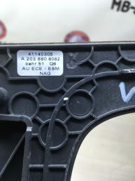Накладка консоли кпп Mercedes W203 2036806082