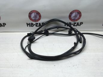 Форсунки омывателя стекла Mercedes W212 2128600892