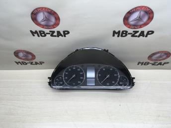 Щиток приборов Mercedes W203 2035409247