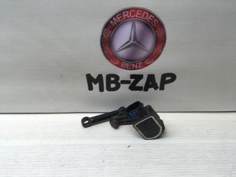 Датчик положения подвески Mercedes W212 0035426618