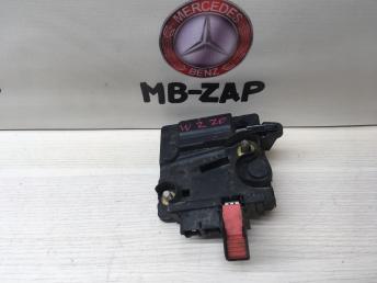 Соединитель проводов АКБ Mercedes W220 2205460341