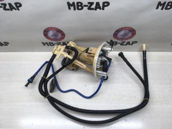 Топливный насос Mercedes W204 2044700994