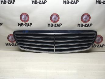 Решетка радиатора Mercedes W220 2208800383