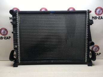 Радиатор охлаждения Mercedes W220 2205001403