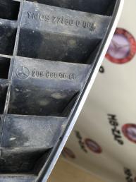 Решетка радиатора Mercedes W208 2088800085