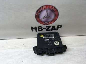 Блок управления правой дверью Mercedes W208 2088201426