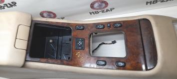 Подлокотник Mercedes W163 1636830875