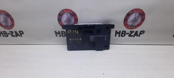 Блок управления дверью левой Mercedes W219 2198200626