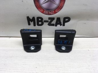 Проушина замка Mercedes W230 2157200004