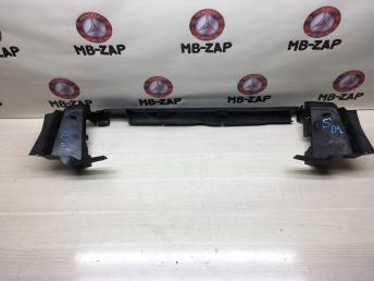 Дефлектор радиатора снизу Mercedes W211 Япония 2115050530