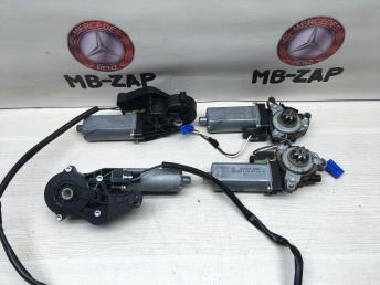 Моторчик регулировки сидений Mercedes 0390203209