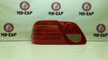 Стоп-сигнал Mercedes W210 2108204464