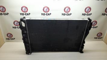 Радиатор основной Mercedes W211 Япония 2115003102