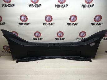 Обшивка погрузочного контура Mercedes W219 1638840422
