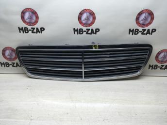 Решетка радиатора Mercedes W203 2038800123