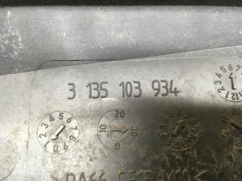 Вентилятор основного радиатора Mercedes W204 2045000193