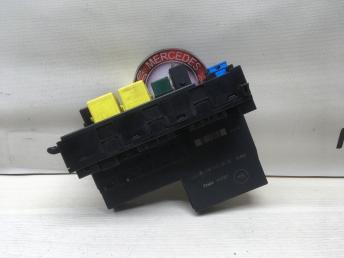 Блок предохранителей SAM Mercedes W210 0195455632