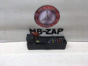 Блок предохранителей Mercedes W210 0005400072