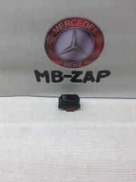 Кнопка ASR Mercedes W210 2108202810