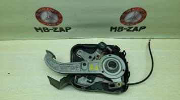 Педаль стояночного тормоза Mercedes W203 2204201284