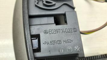 Пепельница консоли сзади Mercedes W203 2038100330