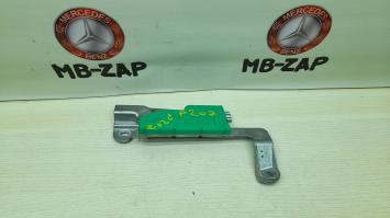 Услилитель антенны Key Less Go Mercedes W211 2118270442