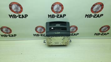CD чейнджер Mercedes W221 2218703391