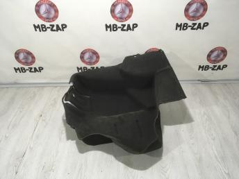 Обшивка багажника левая Mercedes W210 2106900940