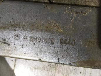 Накладка порога пластиковая Mercedes W209 2096900440