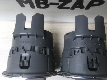 Дефлектор боковой в торпедо Mercedes W209 2098300154