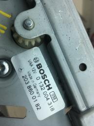 Подаватель ремня безопасности Mercedes W209  2038600182