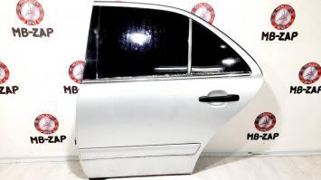 Дверь задняя левая Mercedes W210 2107302305